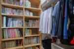 くるくる回れる家事ラクな動線と本もしまえる収納力抜群のWICがあるお家